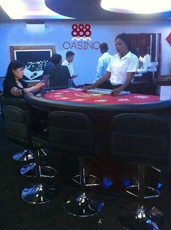 Sherbourne Guest House: Carribean Poker Tables, Roulette Tables and Blackjack Tables
