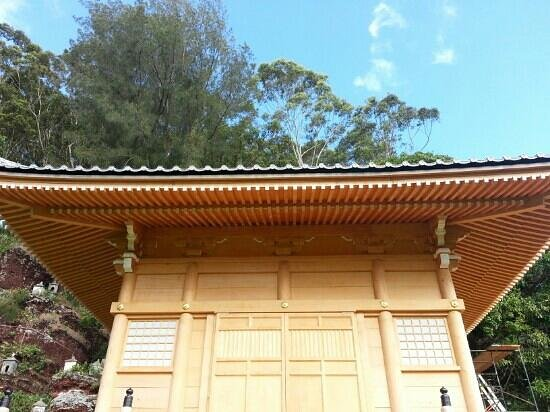Lawai International Center: Temple nearing completion