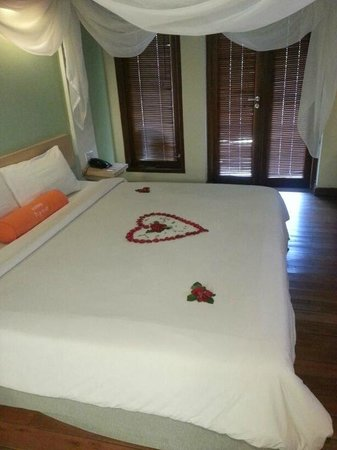 HARRIS Resort Batam Waterfront: Comfy bed