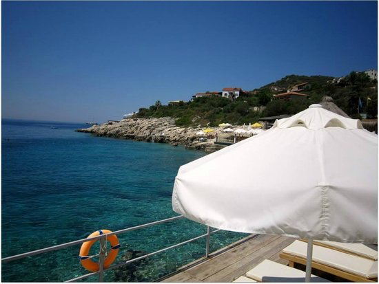 Amphora Hotel: beach