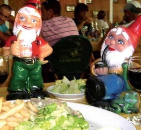 The Hideaway Restaurant: Happy Regulars !