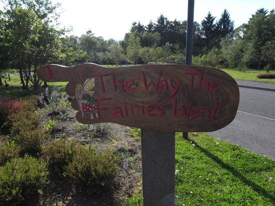 Sneem, Ireland: Entrance to The Way the Fairies Went