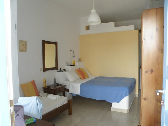 Kastro Traditional Rooms and Apartments: Room 2A