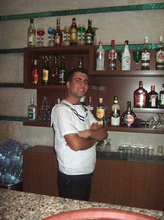 Grand Park Bodrum : THE FANTASTIC MOSES,miss u loads [lobby bar]
