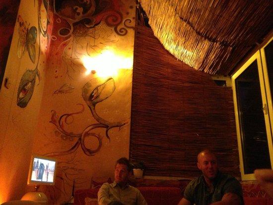 The New Sofia Pub Crawl: The reflection room