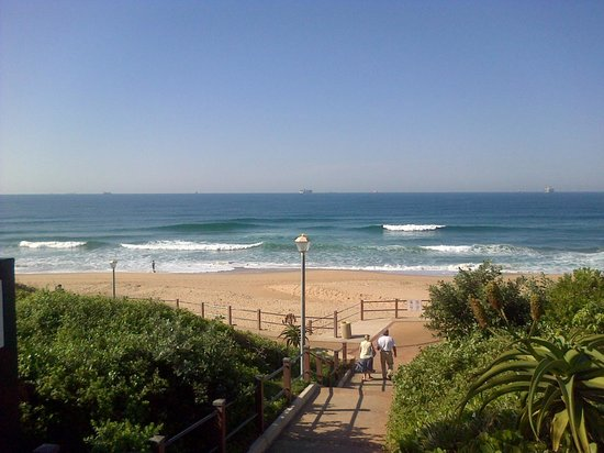 Protea Hotel Marriot Durban Umhlanga Ridge: Umhlanga Beach