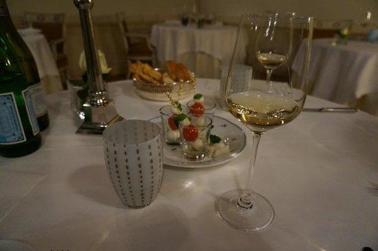 Hotel Villa Franceschi: 夕食時 ベネチアグラスが素敵です。