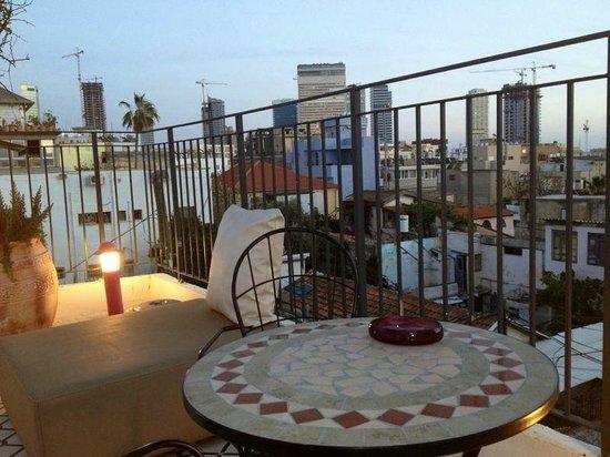 Pink House TLV: top roof tel aviv pink-tlv