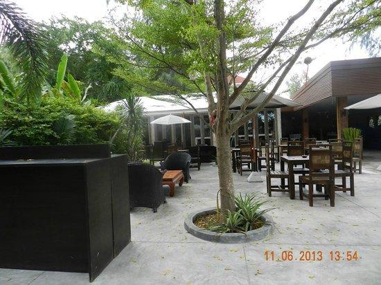 Laksasubha Hua Hin: Outdoor breakfast's area