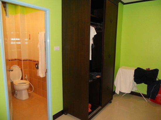 Luna House: Ванная комната