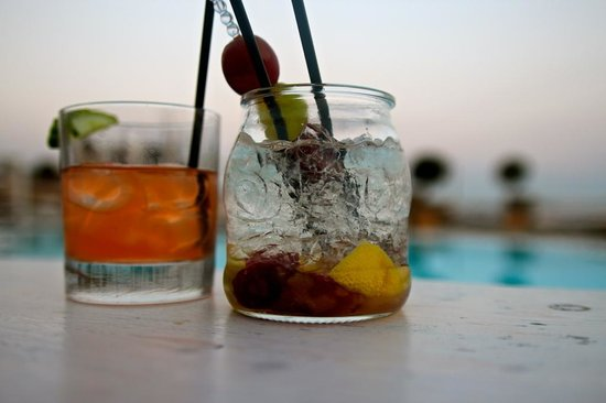 Rocabella Mykonos Art Hotel & SPA: Custom Cocktails - the Abelini on the right was my favorite