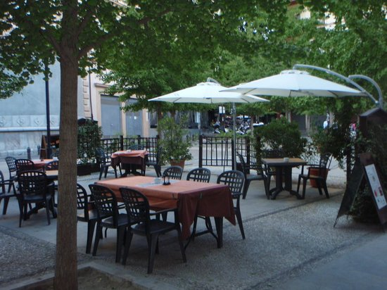 Atahualpa Steak House: our tables out in summer