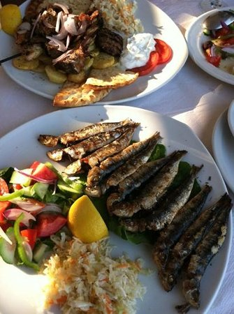 Sea View Taverna : sardines and meat mixed plate with lamb, pork souvlaki, chicken, burger and tzaziki