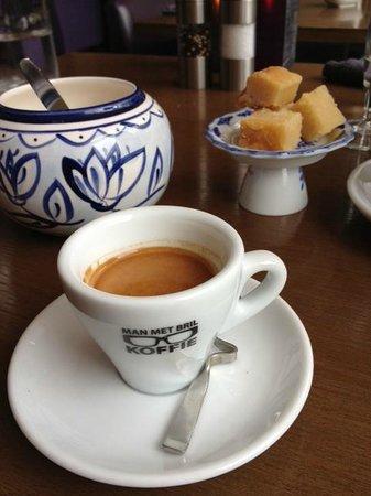 Kwiezien: Coffee