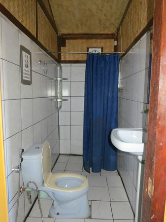 Patrik & Tezz Guesthouse: Cleanest Toilets in Asia