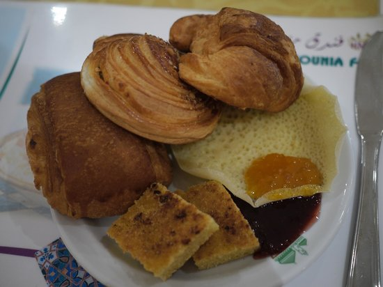Hotel Mounia: 朝食のパン