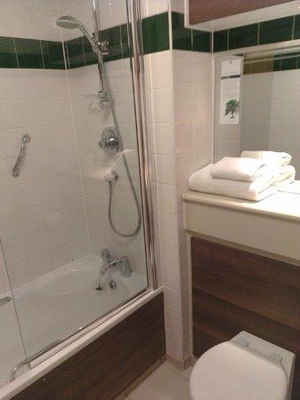 Cranage Hall: Bathroom
