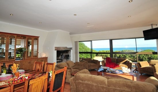 Great White Shark Accommodation: Main Lounge with sea view, BBQ and DSTV