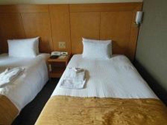 Hotel Rocore Naha: ベット・枕・ナイトウエア着心地も寝心地も良く