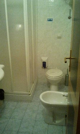 Holiday Hotel: Bagno