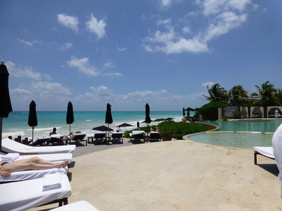 Rosewood Mayakoba: Beach pool