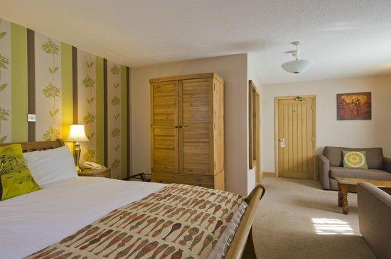 The Tudor Arms Lodge : Kingsize Double Bedroom