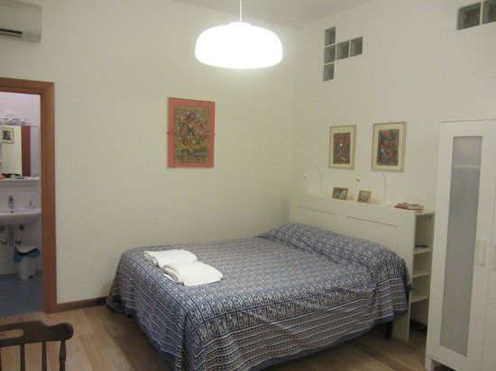 In Itinere: Bedroom