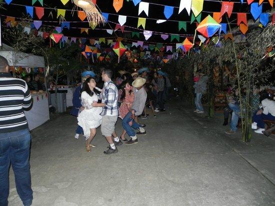 Hotel Fazenda 3 Pinheiros: Festa Junina tudo liberado menos bebida