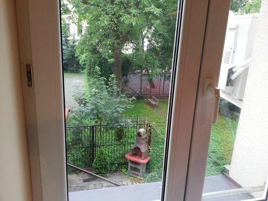 Hotel Maksymilian : Backyard