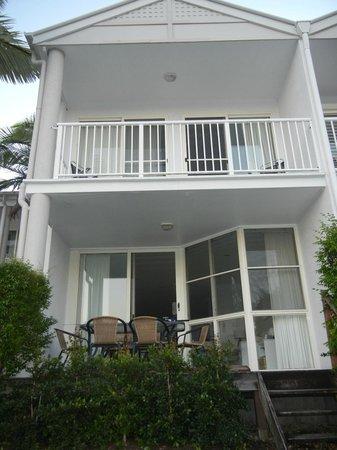 Portside Noosa Waters Resort : Townhouse 17:  outside view
