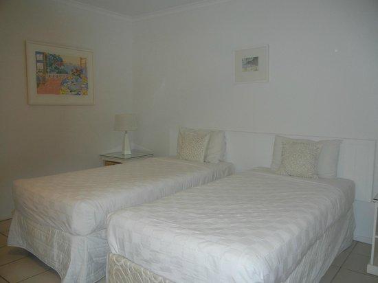 Portside Noosa Waters Resort : Townhouse 17:  2nd bedroom