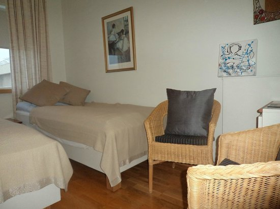Akra Guesthouse: twinroom