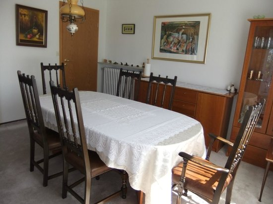 Akra Guesthouse: Diningroom