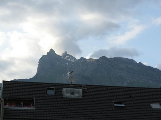 Hotel La Chaumiere : Mountain view from east side room.