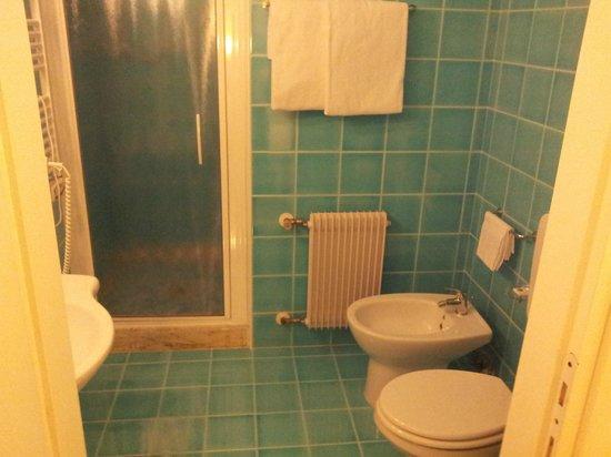 BEST WESTERN Hotel La' Di Moret: bagno camera 312