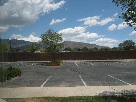 Super 8 Albuquerque East : Room View #1