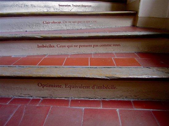 Musee Flaubert et d'Histoire de la Medecine: More fun on some steps at Musée Flaubert