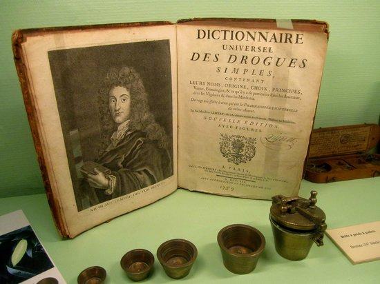 Musee Flaubert et d'Histoire de la Medecine: Display at Musée Flaubert