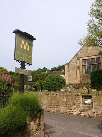 Wheelwrights Arms: Wheelwright Arms