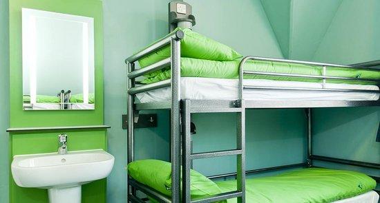 YHA Canterbury: Bedroom