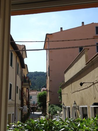 Soggiorno Tagliaferro: View from the kitchen window