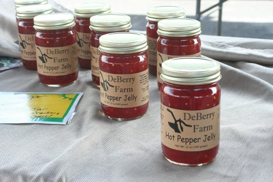 Morgantown Farmers Market: DeBerry Farm Fresh Produce - Hot Pepper Jelly
