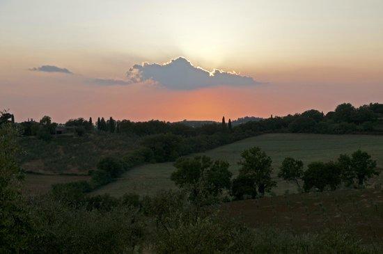 Podere Dionora: tramonto