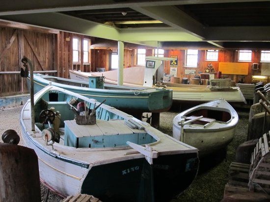 Maine Maritime Museum : Lobster boats