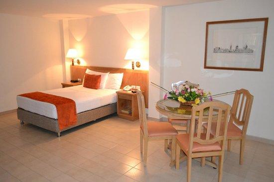 Hotel be La Sierra: Habitación