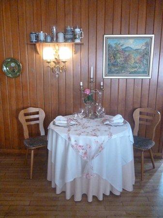 Hotel Und Restaurant Traube Neuffen