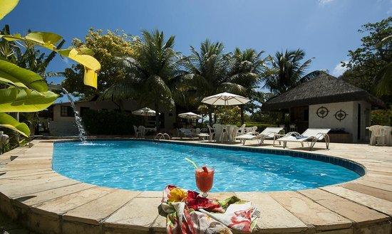 Dolphin Hotel: Bar e solário