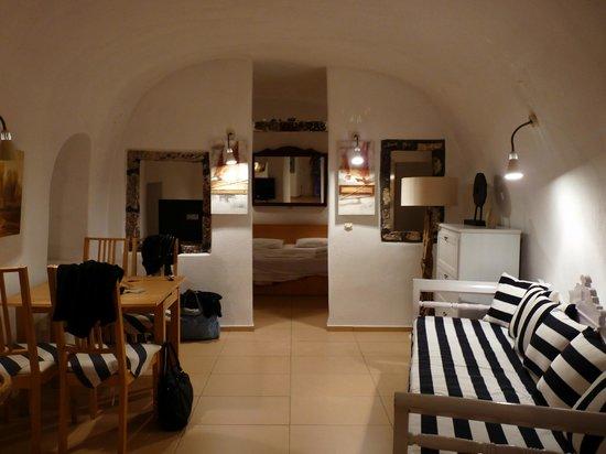 Residence Suites: le salon et la chambre en fond