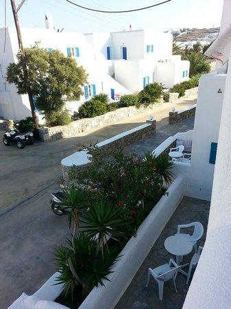 Cyclades Studios: balcony