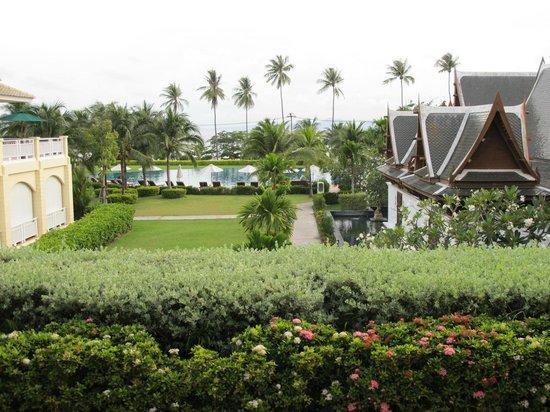 Sofitel Krabi Phokeethra Golf & Spa Resort: view on the spa area
